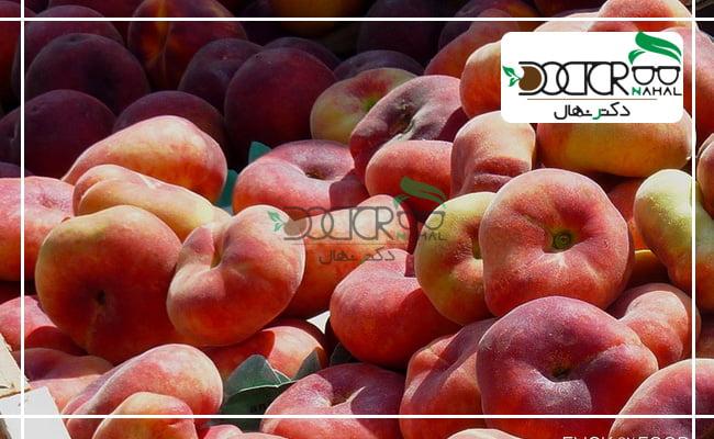 میوه ی نهال هلو انجیری